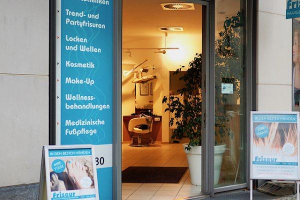 Friseur Haargenau und Schnittig - Glinkastraße